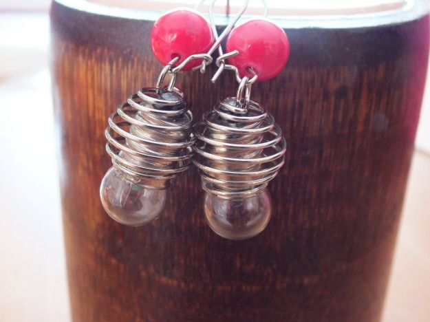 Original earrings with real lamps and natural stone bead. by PerfectLoveArts 8.00 €