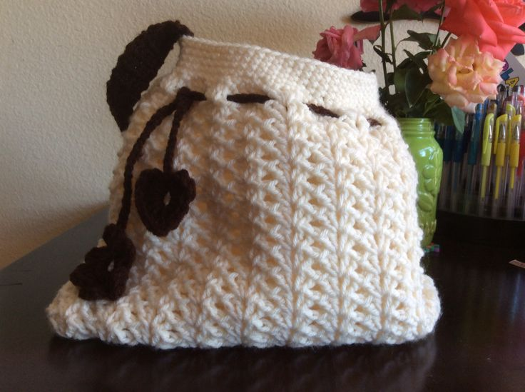 White crochet bag