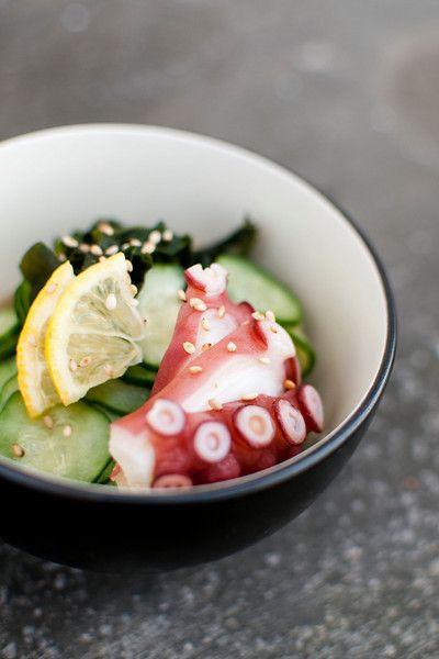 Recipe: Sunomono, Traditinal Japanese Vinegared Salad (Cucumber, Tako Octopus, Wakame Seaweed) 酢のもの