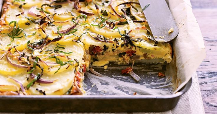 This frittata will make an easy dinner, but is also great to pack in the lunch box to take to school or work tomorrow.