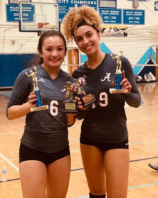 The Volleyball Team Won The Sylmar Tournament Over The Weekend The Warriors Defeated Palisades Cleveland Bravo Golden V Volleyball Team Volleyball Tournaments