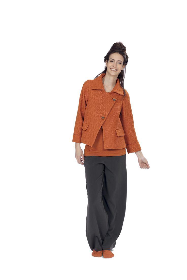 Giacca svasata M13IT310 7171  http://www.martinomidali.com/store/it/abbigliamento/giacche-e-cappotti/giacca-svasata-5431.html