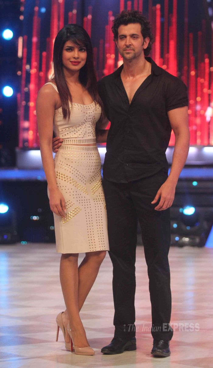 Priyanka Chopra and Hrithik Roshan on the grand finale of 'Jhalak Dikhhla Jaa' #Bollywood #Fashion #Style