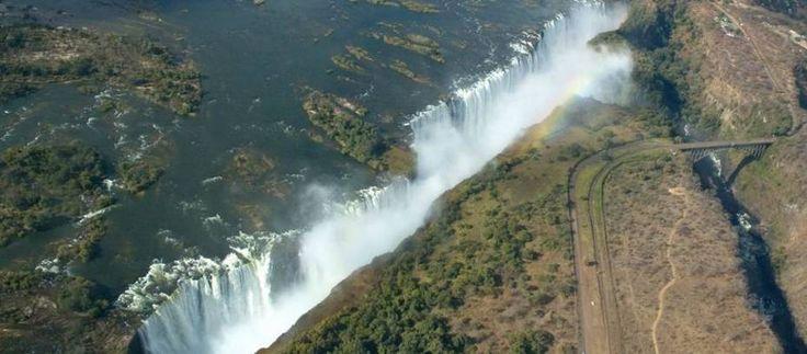 Maximera dina afrikanska resor genom att uppleva besöket i sju underverk i världen, Victoria Falls i Zimbabwe. Nyati erbjuder safari i Afrika och andra omfattande program till rimliga priser.