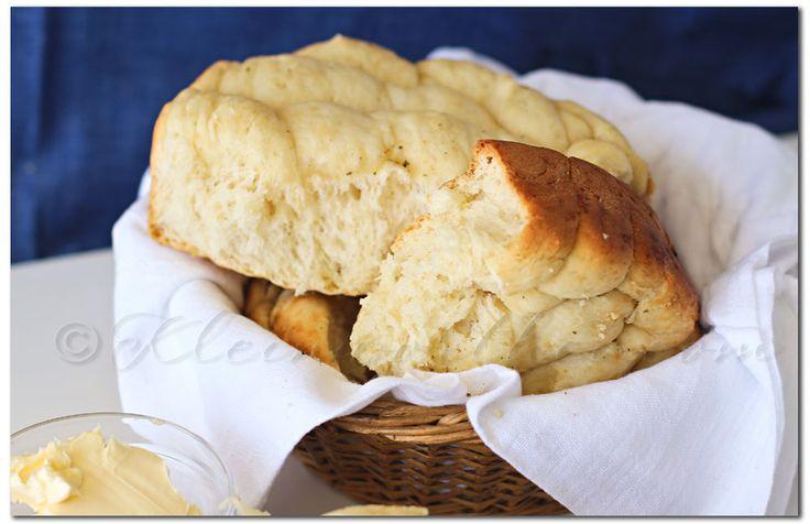 Slow Cooker Gluten Free Garlic Bread