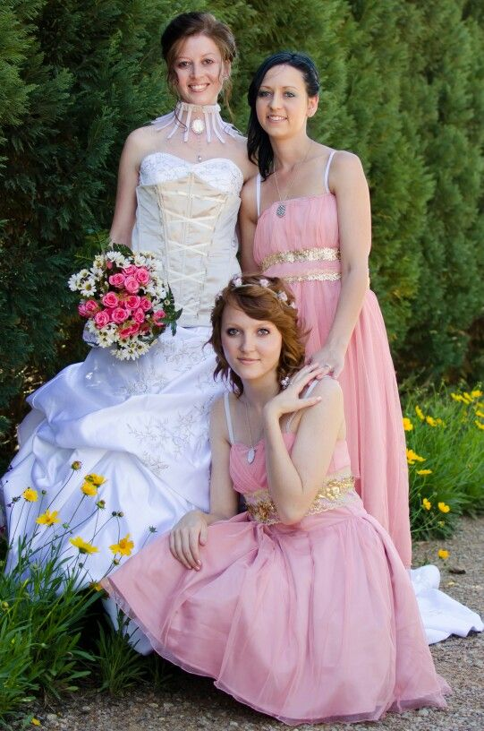 Lace, champagne and vintage pink