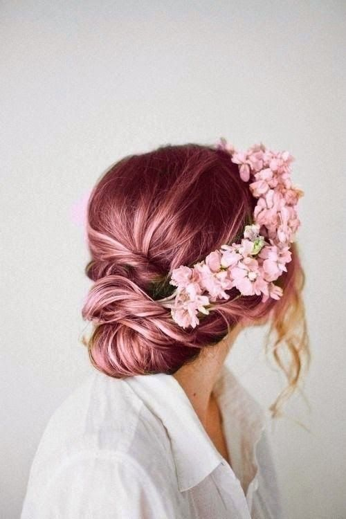 http://horadediva.blogspot.com.br/2014/07/cebelos-coloridos-tendencia-cores.html Fantasy hair colors