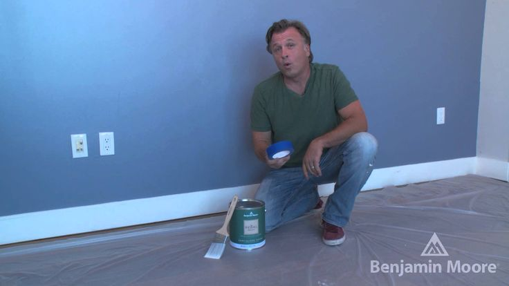 How to Paint Trim with Stephen Fanuka | #BenjaminMoore - Celebrity contractor Stephen Fanuka shows you the easiest way to go about painting trim in your home. #DIY #Paint