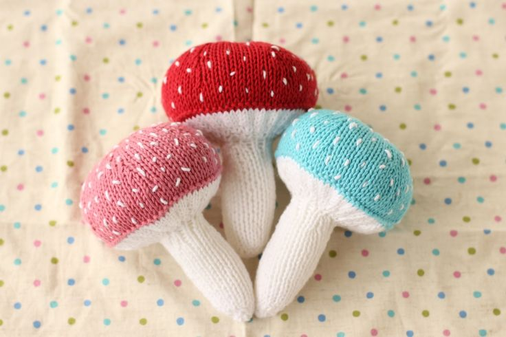 Mushroom shaped knitted RATTLE (you need a rattle insert)
