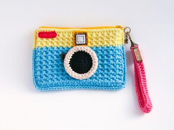 Gehäkelte Jahrgang Kamera Tasche gelb und blau von Meemanan auf Etsy