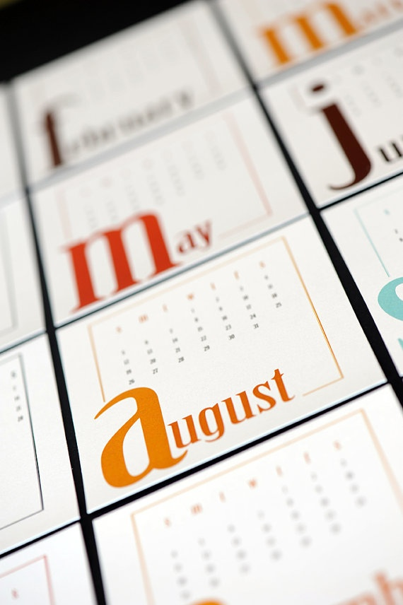 simple, desktop type calendar