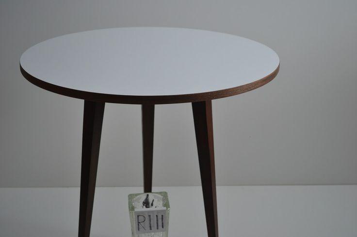 ber ideen zu couchtisch massivholz auf pinterest. Black Bedroom Furniture Sets. Home Design Ideas