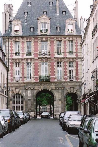 ~Place des Vosges, Paris