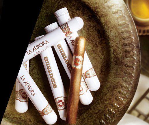 LA AURORA CIGARS - Grupo León Jimenes es la compañía matriz de La Aurora SA, el fabricante de Aurora y los cigarros León Jimenes. Actualmente es la compañía más grande en la República Dominicana, con ganancias anuales de aproximadamente $ 600 millones y tiene su sede en Santiago de los Caballeros. Cuenta con los monopolios virtuales en dos mercados locales, cerveza y cigarrillos, así como con las operaciones bancarias y la impresión.