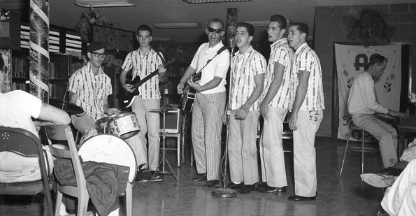 A band from the Louisiana State Penitentiary performs at a Dale Carnegie Banquet…