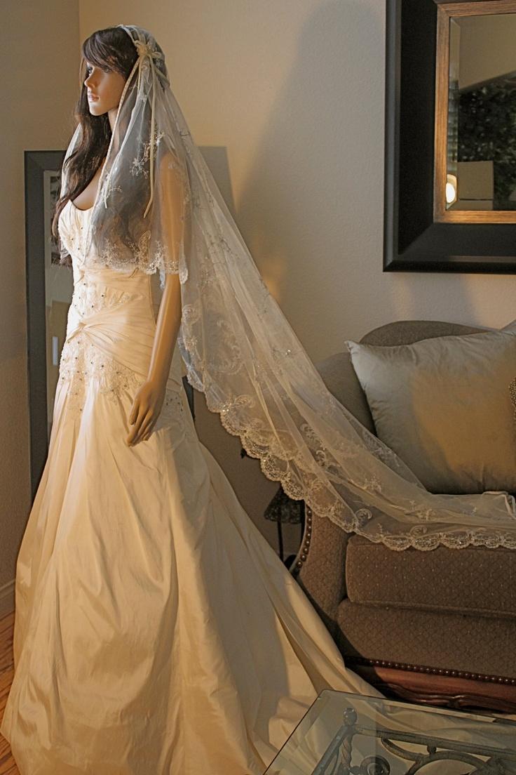 Juliet Wedding Veil- Bridal Cap Style. Wow.