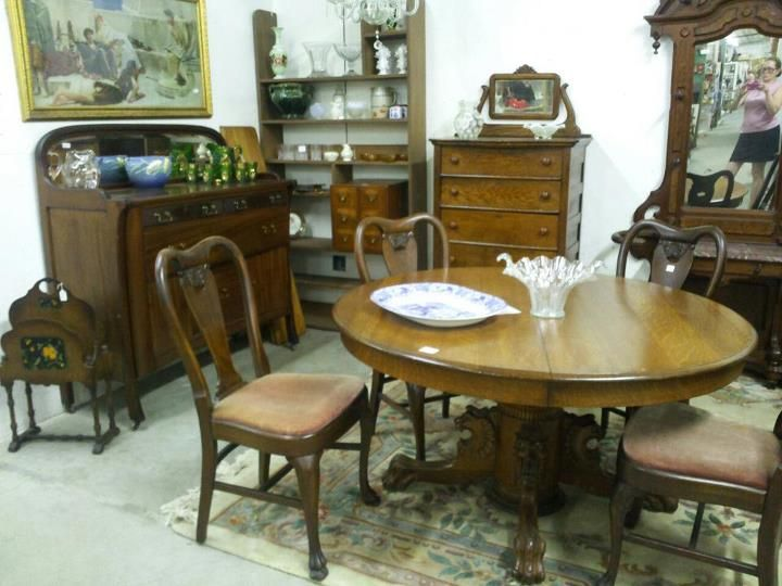 Antique furniture, table & chairs at Jeffrey's a large multi-dealer shop,  with - 7 Best Jeffrey's Antique Co Op Mall Images On Pinterest Mall