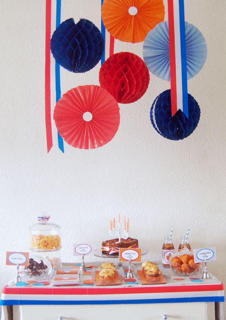 Appeltjes van Oranje: Dessert-Table speciaal gemaakt voor Koninginnedag/Koningsdag.    Gemaakt door: www,gewoonmarieke.com