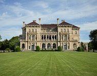 mansion tours rhode island
