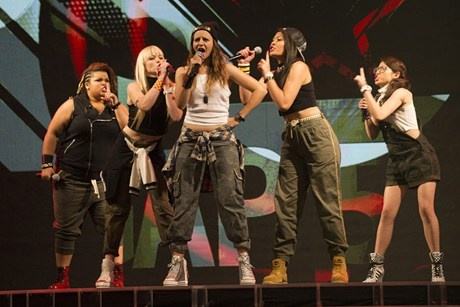 Gap 5 perform Hollaback Girl (Photo: The X Factor NZ)