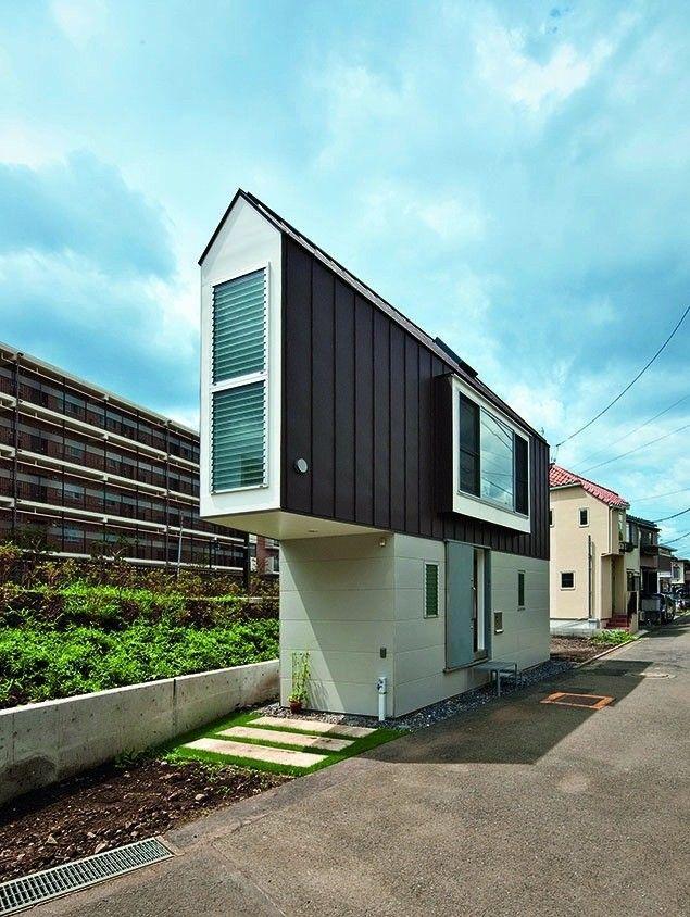 Big Ideas, Small Buildings: Some of Architecture's Best, Tiny Projects,Kota Mizuishi, Riverside House Suginami, Tokyo, Japan. Image © Hiroshi Tanigawa/TASCHEN