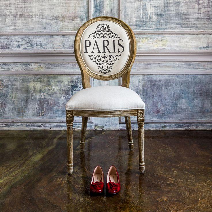 """Обеденный стул """"Париж"""" принесет в Ваш дом волну французского настроения. Натуральная древесина теплых тонов и льняная ткань – классически актуальное сочетание изысканного интерьера. Золотистые оттенки и текстура бука подчеркнуты ручным морением, благодаря которому этот стул буквально излучает теплоту. #стул, #мебель, #прованс, #французскийстиль, #chair, #furniture, #frenchstyle, #provence, #objectmechty"""