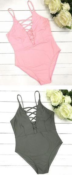 No wonder, lace-up shows the woman's nature, gentle beauty. Spaghetti straps One-piece with solid color accent is the perfect swimwear for this summer.