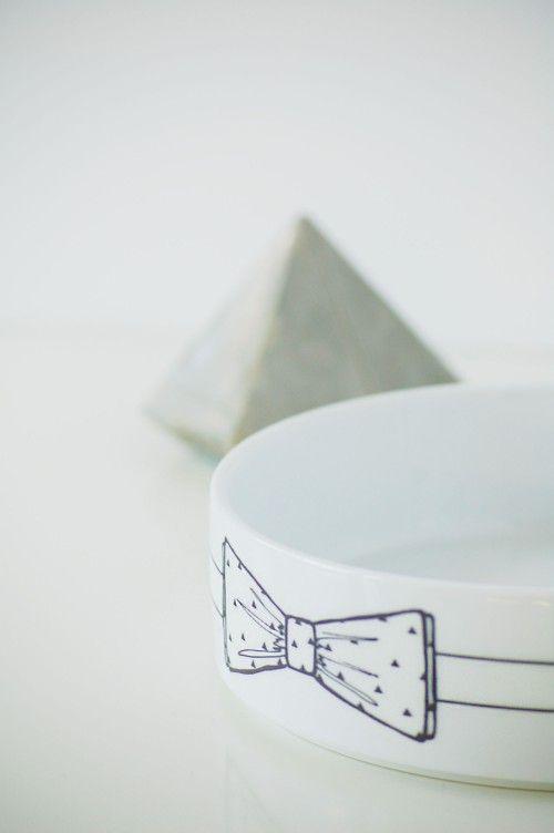 Ceramic cat bowl with original handmade design / Gamelles en céramique peintes à la main pour chats... et made in France !