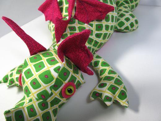dragon-toy-sewing-pattern-design