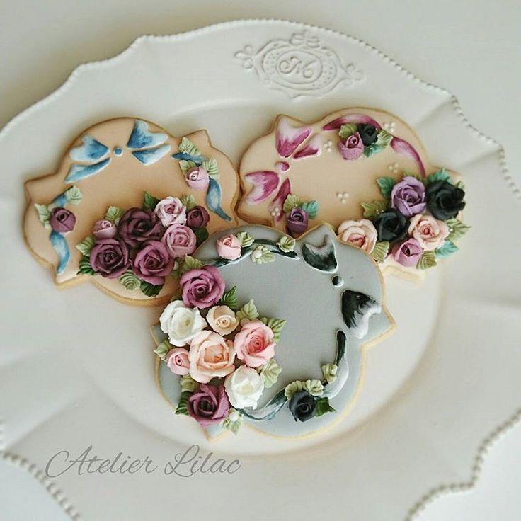 Floral Wreath Cookies