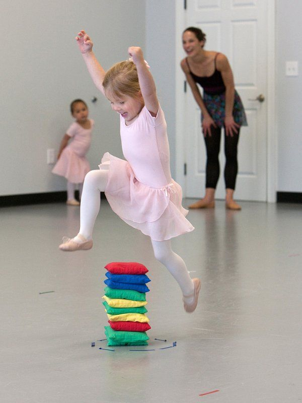 first grand jeté www.theworlddances.com/ #littleballerinas #tutucute #dance