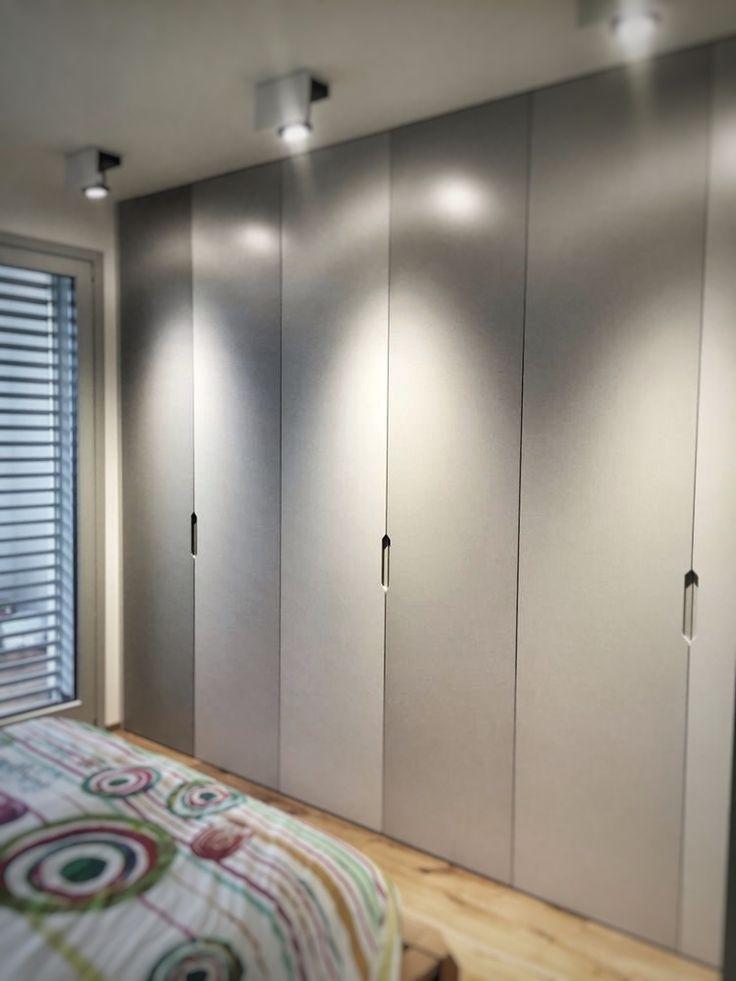 wardrobe designed by Davide Prandin Architect, made by Longoni Luca, lighting by Sera/Ares full led