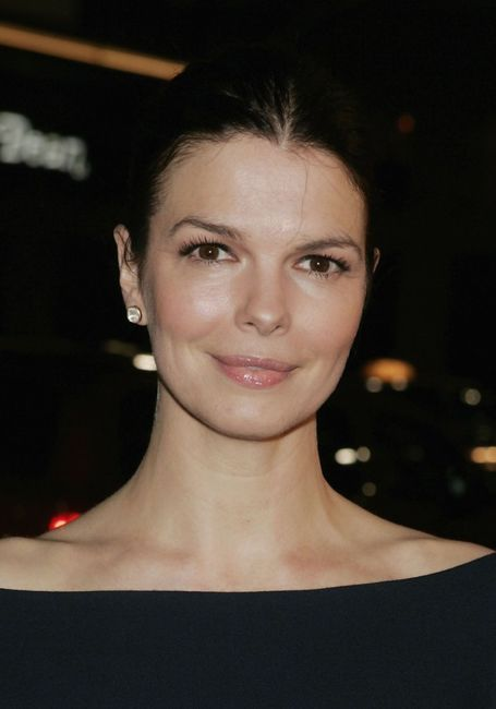 Jeanne Tripplehorn at the premiere of the HBO Original Series