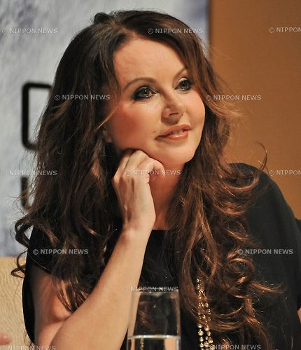 sarah+brightman+in+china | ... Pictures photo of sarah brightman from sarah brightman harem a desert