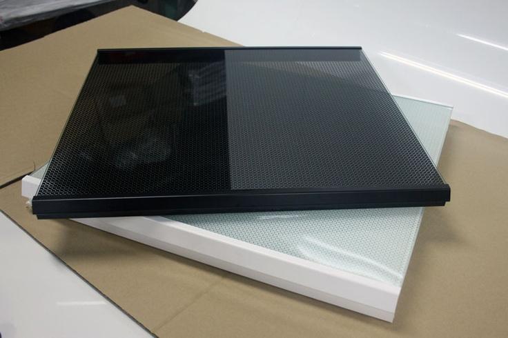Cubre encimeras de cristal templado en blanco y negro
