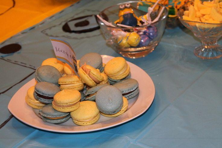 macaron minion colors