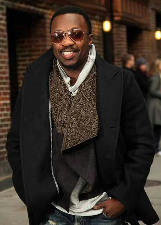 That's what I'm talkin bout. That style for the fall and winter really works. Get it Bro. Hamilton. Anthony Hamilton