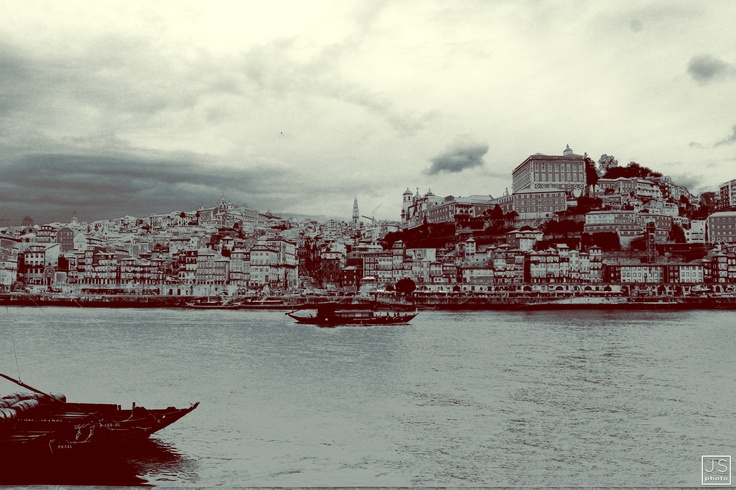 VINTAGE HDR   - photoshop art [Oporto, Portugal 2012]