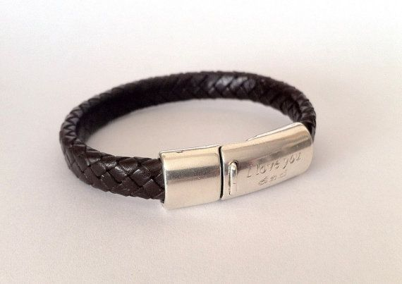 Engraved leather bracelet for men.  I love you dad. Mens by HITUK,