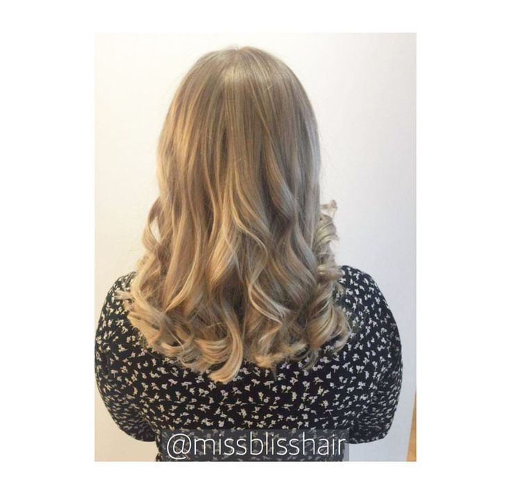 Timeless colour with a classic style is a match made in heaven ❤️ Book your appointment below! . . Miss Bliss Hair Boutique  www.missblisshair.com.au  0410139107 | 55114753  3/42 Bundall Road, Bundall #missbliss #missblisshair #missblisssalon #missblissblowdrybar #missblisshairboutique #havegoodhair #hairangels #missblissgoldcoast #goldcoastsalon #hairextensions #TIGIsalon #OLAPLEXsalon #colourspecialists #hairlookbook #beautifulhair