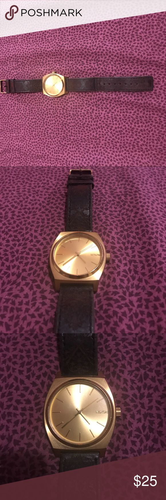 Nixon women's watch In great condition but it needs a new battery Nixon Accessories Watches