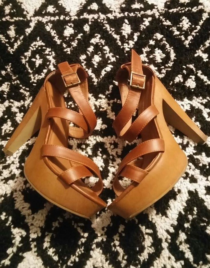 Mossimo sandals size 7, brown strappy high heel sandals