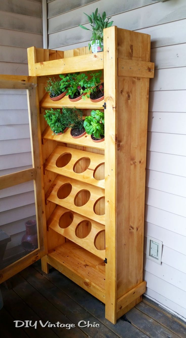 DIY Vintage Chic: DIY Vertical Herb Garden ~ Part 2
