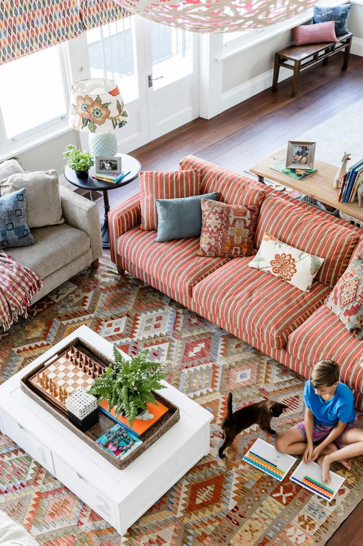Styling rules that are meant to be broken. Photography by Maree Homer. Designed by Lisa Burdus of Rooms by Design (roomsbydesign.com.au).