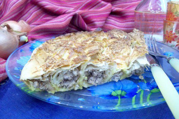 Мясной пирог в лаваше https://citywomancafe.com/cooking/10/01/2018/myasnoy-pirog-v-lavashe