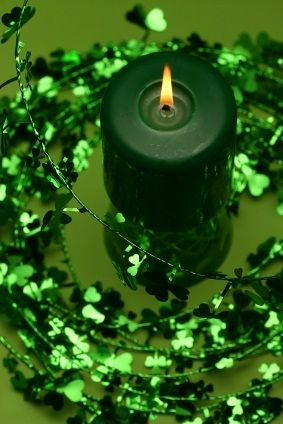 Make your very own candles to celebrate St. Patrick's Day. It's a craft that even children can make.