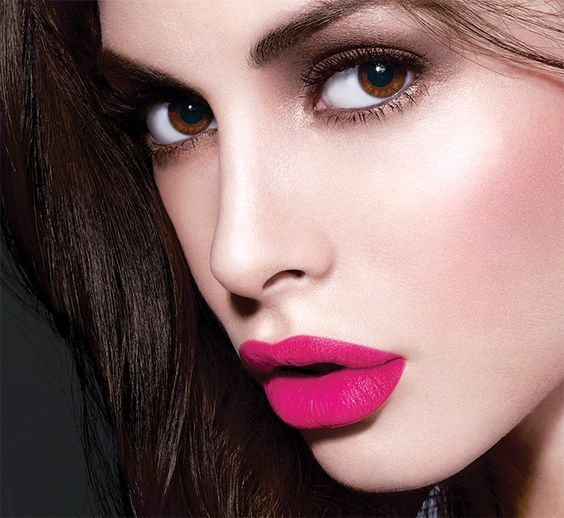 Perfect pout - fuschia lips