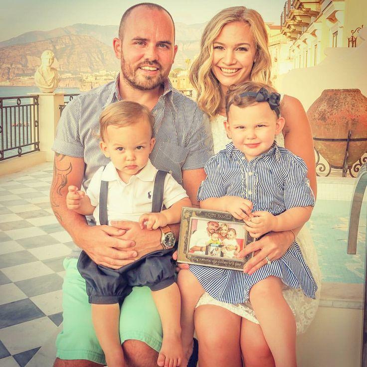 THE CUTEST FAMILY IN THE ENTIRE WORLDDDDDDDDD