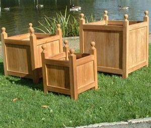These solid wall teak garden planters are heavy duty planters made from the finest grade A teak. Each is finished with finials which only adds to the gorgeous style.