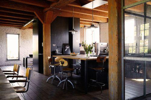 i like to work in here! - Dream Book Design